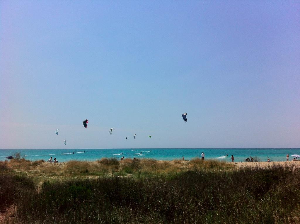 Locals Salento kitesurf Base Corsi